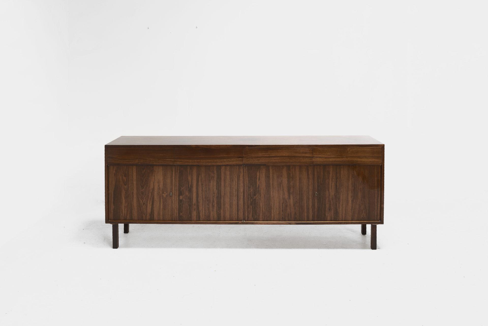Buffet designed by Geraldo de Barros made of jacaranda wood
