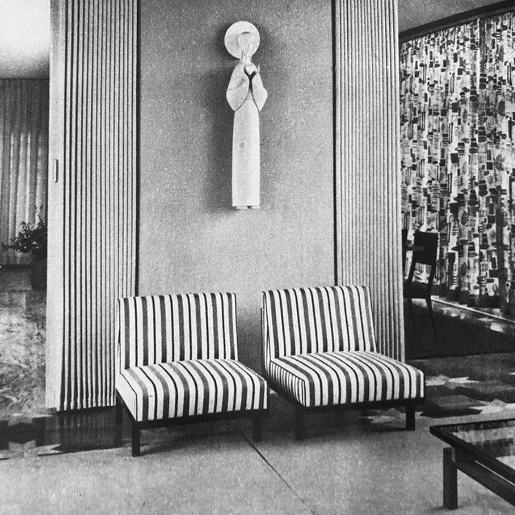 MF1 chairs designed by Branco & Preto, featured in Interior Jardim America in the 1950s in Sao Paulo.