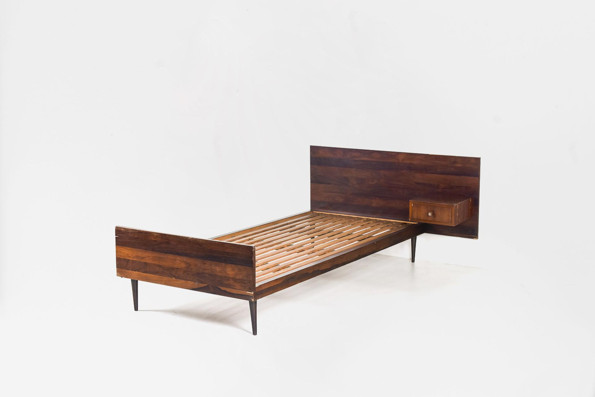 Bed Manufactured by Unilabor Brasil, 1960 Jacaranda wood