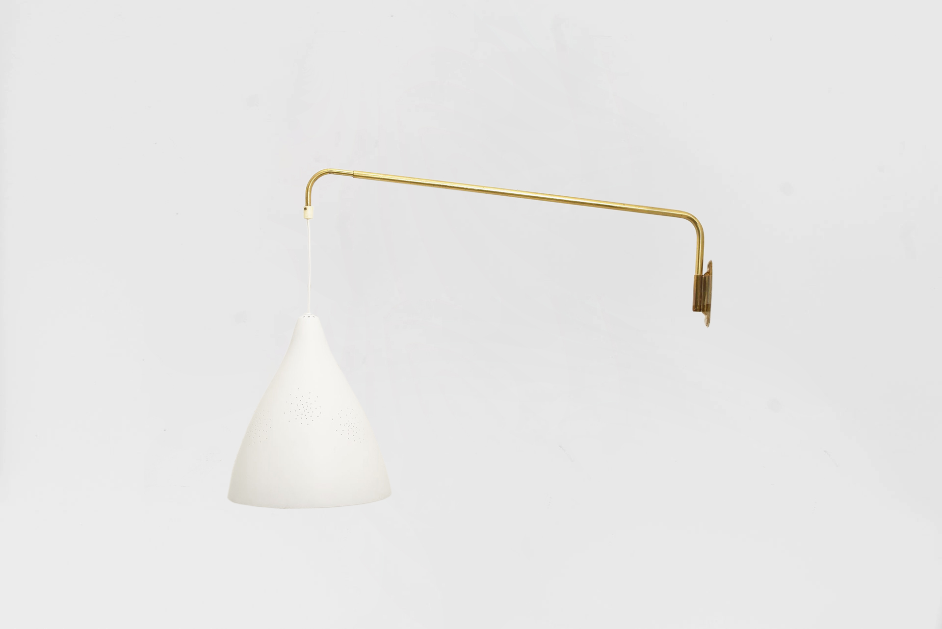 Wall lamp Manufactured by ORNO Finland, 1950 Perforated painted aluminum, brass