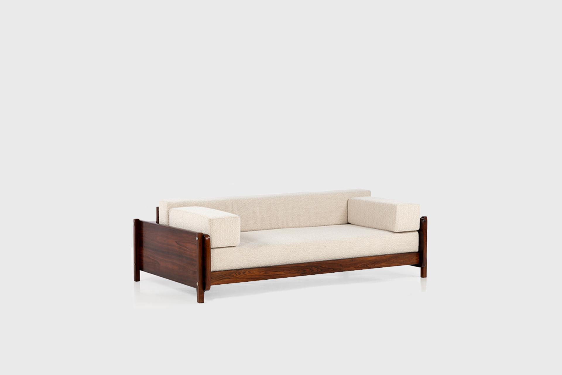 Sofa Manufactured by Oca Brazil, 1960 Imbuia wood, fabric upholstery