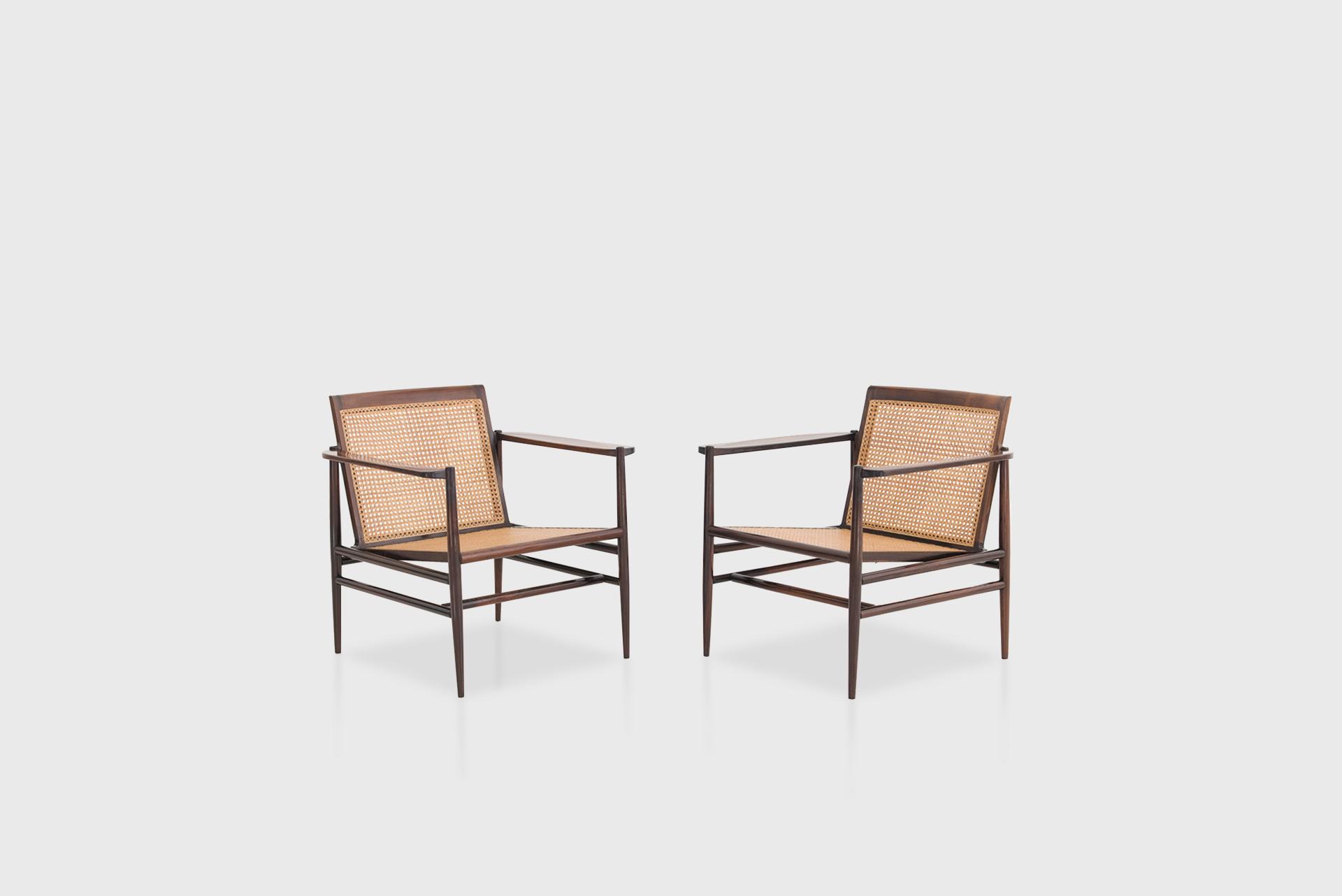 Pair of armchairs Manufactured by Tenreiro Móveis e Decorações Brazil, 1950s Jacaranda wood, cane