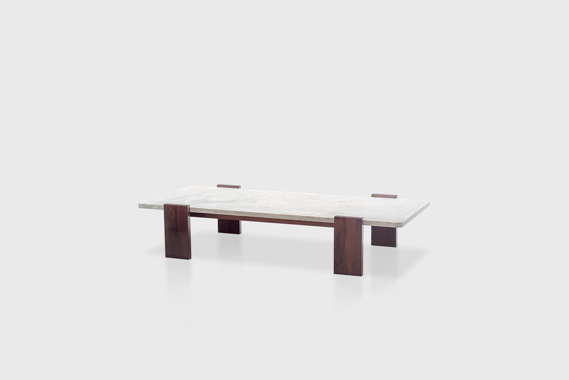 Coffee table Manufactured by Tenreiro Móveis e Decorações Brazil, 1960's Jacaranda wood, marble