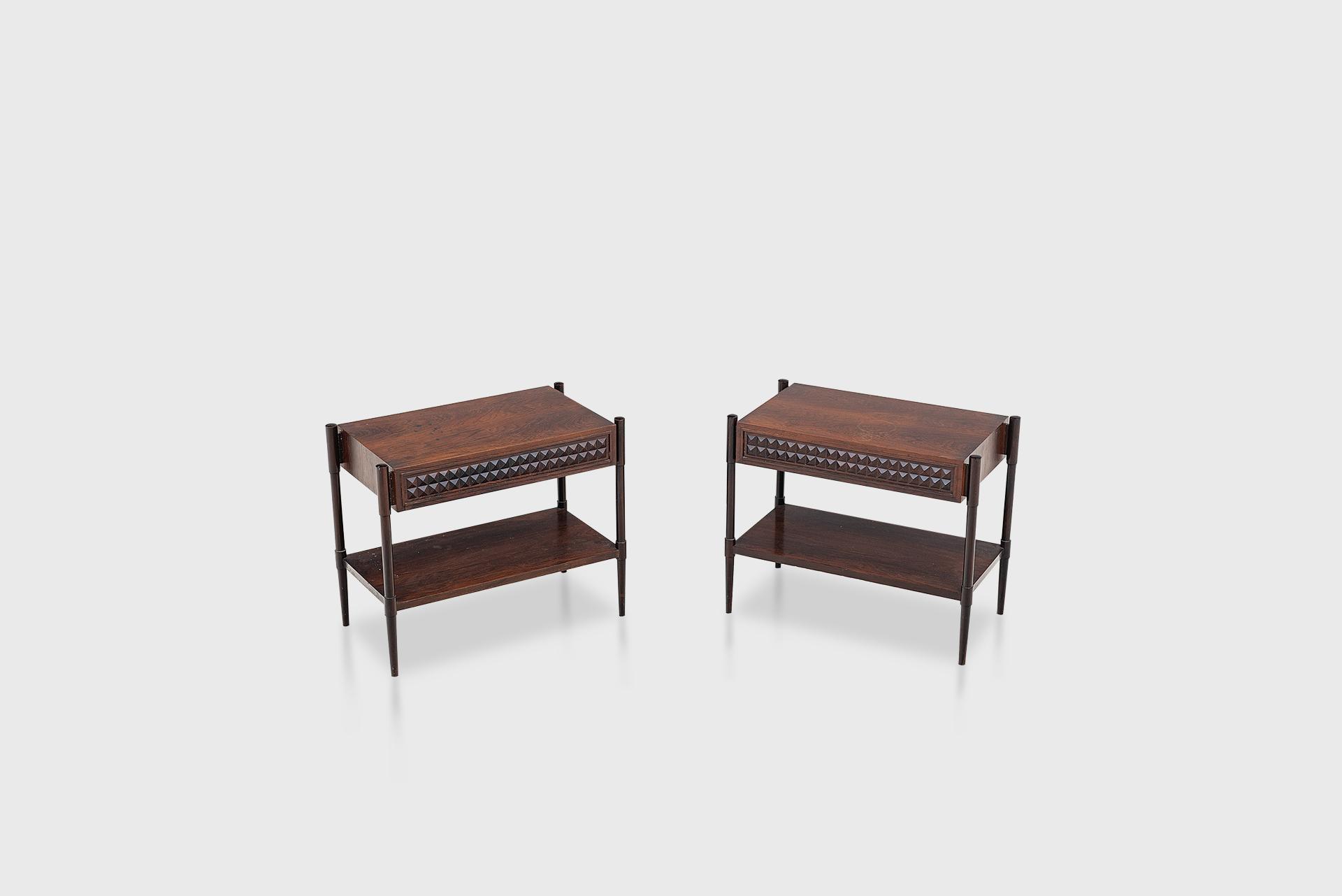 Pair of bedside tables Manufactured by Tenreiro Móveis e Decorações Brazil, 1960s Jacaranda wood