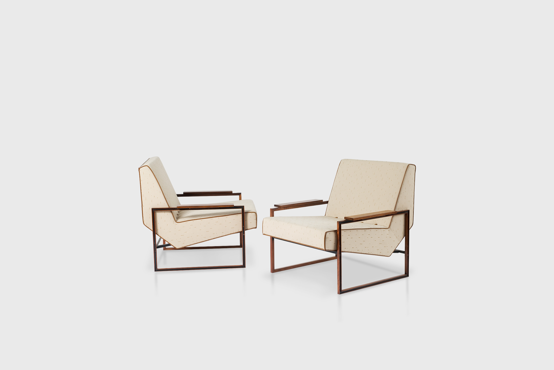 Pair of armchairs Manufactured by Lafer S.A. Ind. Com. Brazil, 1960s Jacaranda, iron, fabric upholstery